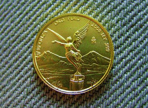 comprar monedas o lingotes de oro